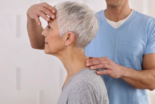 5 Benefits of Chiropractic Care for Seniors